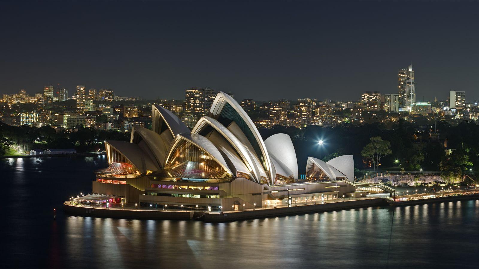 Tell Us Your Sydney, Australia Travel Tips